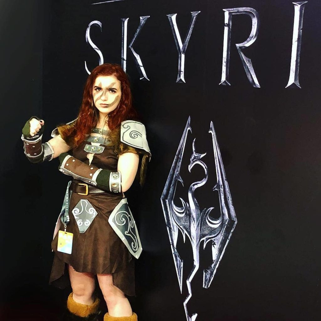 Skyrim Cosplay Girl